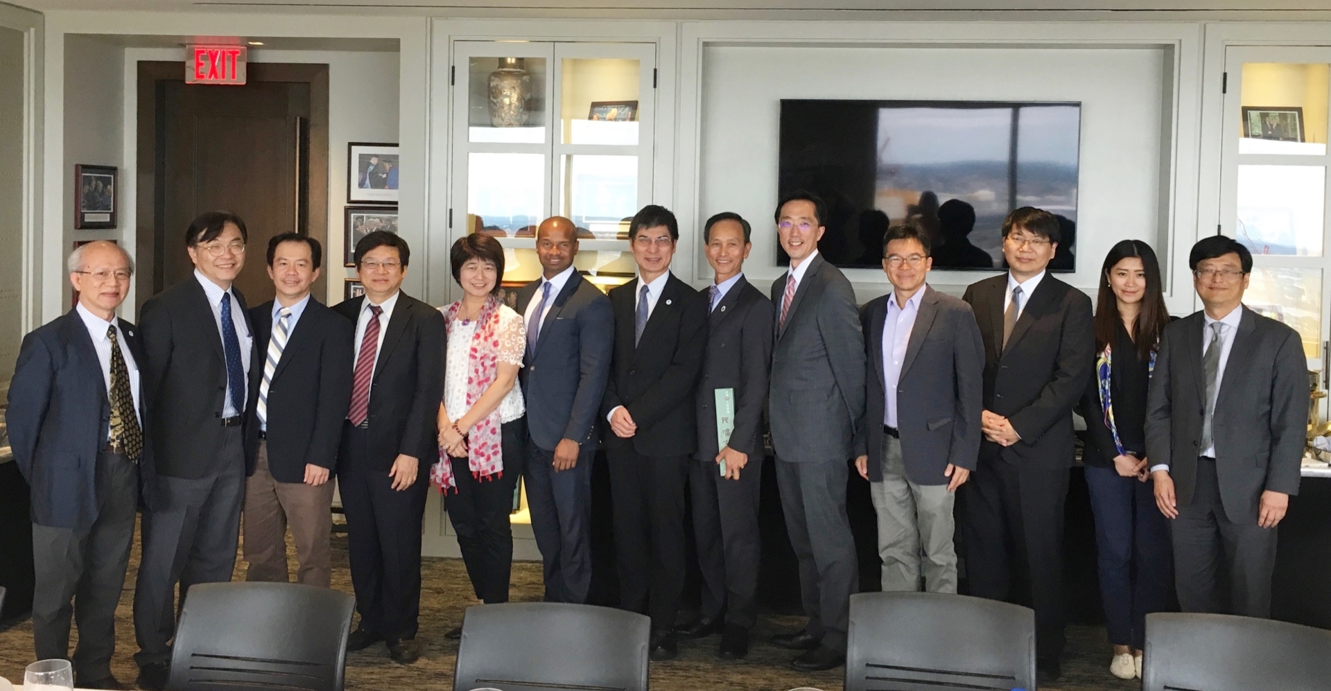 A work lunch with Mr. Damon Cox, Assistant Secretary of Technology, Innovation and Entrepreneurship and Mr. Nam Pham, Assistant Secretary of Business Development.